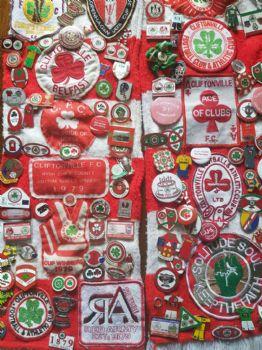 Badges, pennants and keyrings